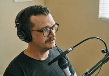 How to Choose a Voice-Over Actor for Your Commercial